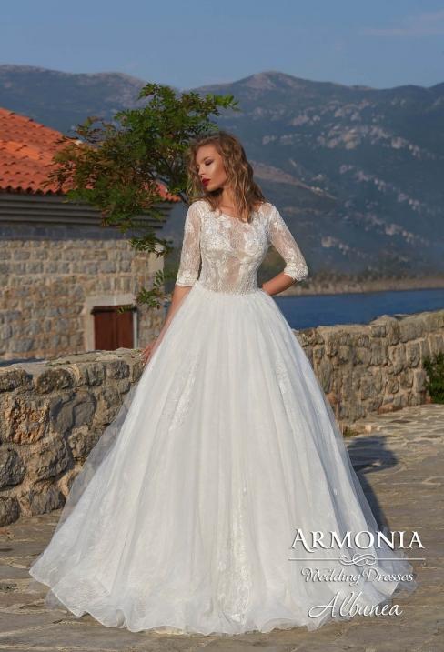 Весільні сукні з США (USA) Mon Cheri. Нові колекції американських ... 99a0cb23e0070