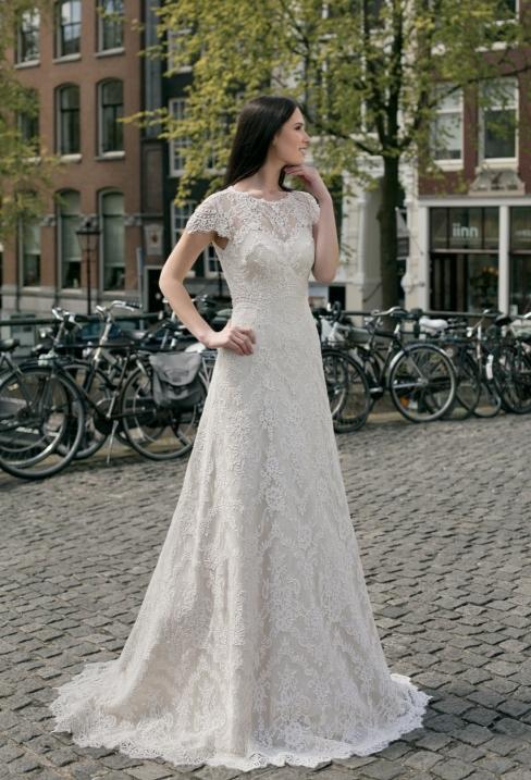 Свадебные платья из кружева от салона Медовый Месяц