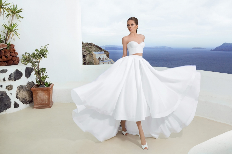 0705a1cba012f4 Як вибрати ідеальну весільну сукню